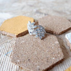 3/20$  Sparkly Cocktail Ring